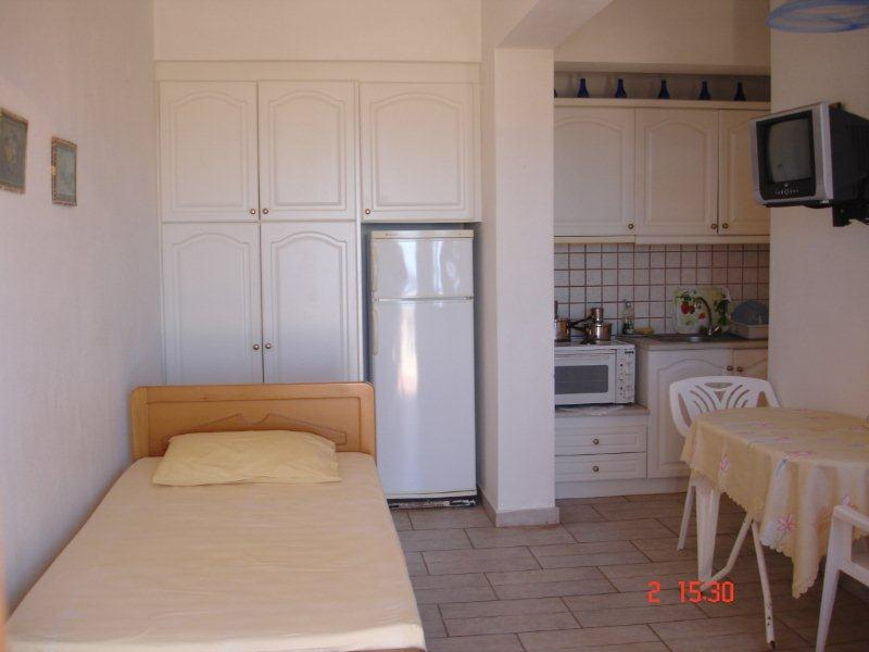 8.Double room interior.jpg