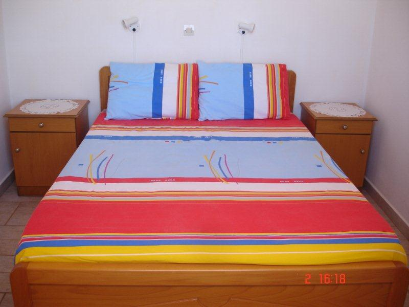 9.Double room interior 2.jpg